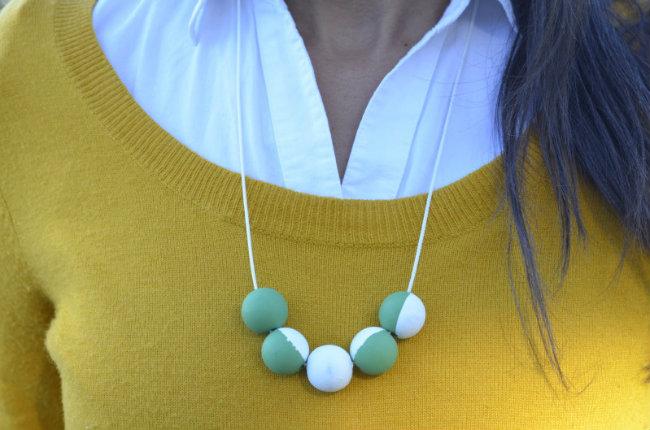 DIY wooden bead gum ball necklace